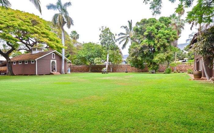 Old Lahaina Prison yard and garden